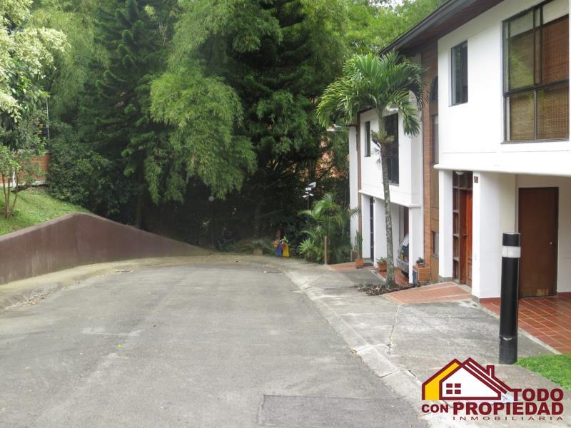 Casa en Venta en Medellin - Poblado